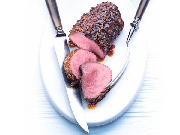 様々な肉料理を理想的に仕上げる低温調理